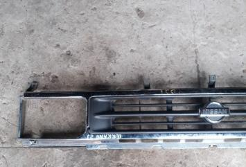 Решетка Nissan Terrano YD21