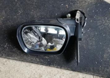 Зеркало Toyota Rav4 ACA21