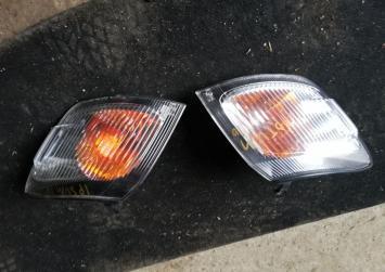 Поворотник Toyota Ipsum 10 44-4