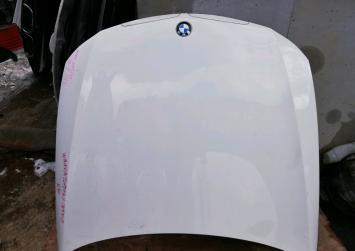 Капот Bmw e90 2005 дорест