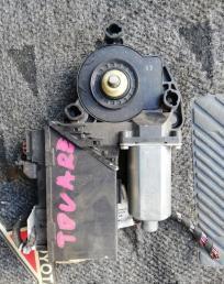 Мотор стеклоподьемника VW Touareg 7L