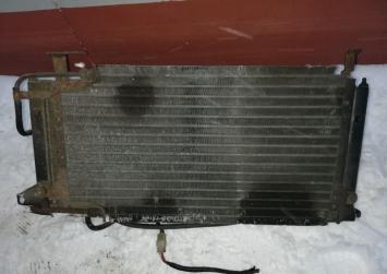 Радиатор основной Volkswagen Golf 2