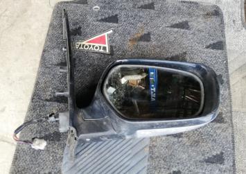 Зеркало Mitsubishi Grandis NA4W