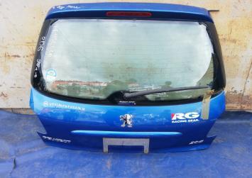 Дверь багажника Peugeot 206