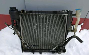 Радиатор основной Land Rover Range Rover 4.0/4.6 9