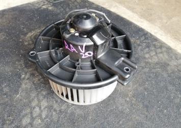 Моторчик печки Toyota Rav4 20