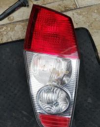 Стоп-сигнал Mitsubishi Dingo CQ2A