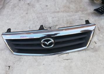 Решеткар радиатора  Mazda Bongo Frendy sglr