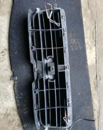 Решетка радиатора Subaru Forester SG5 дорест