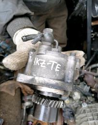 Насос вакуумный Toyota Prado KZJ95 1KZ