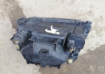 Фара Audi A4 B5