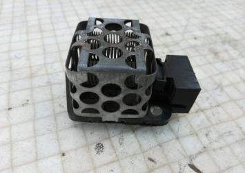 Резистор отопителя Mercedes Bens W124