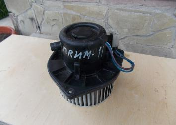 Моторчик отопителя для Nissan Primera P11E 0130111153