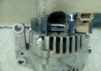 Генератор для Ford Mondeo III 2000-2007 2.5 Valeo 2S78-10300-AA