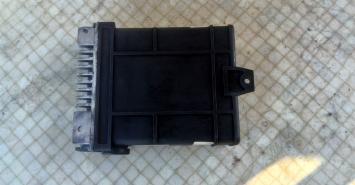 Блок управл. двигателем VW Passat B3 1.8 L. PF
