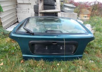 Дверь багажника со стеклом хетчбэк Megan-1