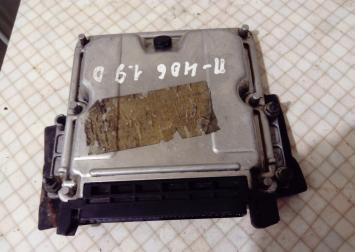Блок управления двигателем Peugeot 406 1.9 TDI 0281010034