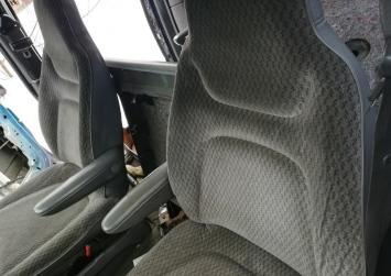 Сиденье переднее левое Chrysler Voyager 1996-2000