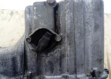 Поддон масляный двигат. Mercedes Bens W210 2.2