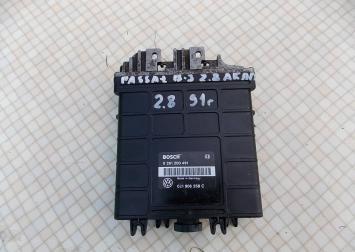 Блок управления двигателем VW Passat B3 2.8 АКПП 021906258