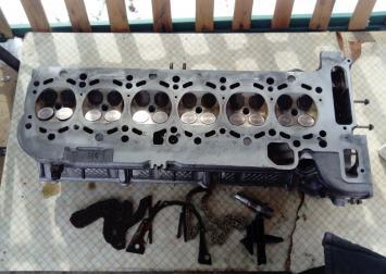 Головка блока цилиндр. BMW E46: E39 :2.5 L.M54
