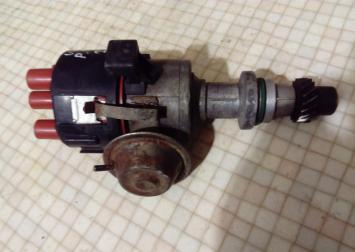 Распределитель зажигания VW Passat (B3) (B4) Golf 0237020140