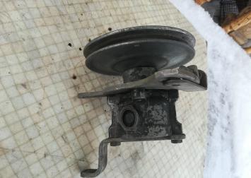 Насос гидроусилителя Opel Vectra A 2.0