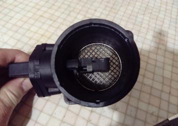 Расходомер воздуха (массметр) Skoda, Audi, Seat VW 0280217121