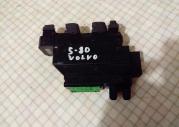 Блок управления стеклоподъемниками Volvo XC90 S80 MD40440-0102