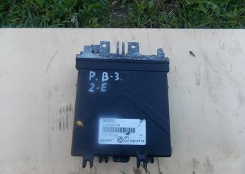 Блок управления двигателем для VW Passat (B3) 2-E