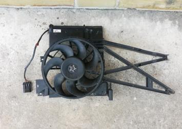 Вентилятор радиатора 1.6 L. X16XEL Opel Vectra B