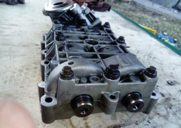 Насос масляный Peugeot 607 Citron C5 2.2 HDI 9636898380