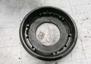 Маховик МКПП VW Golf III Vento 1.6L. AEA 067105273G
