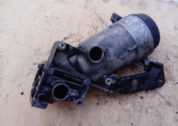 Корпус масляного фильтра Mercedes Benz W210 2.2 D