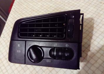 Переключатель света фар с дефлектором VW Golf III