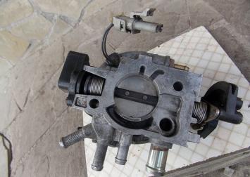 Моновпрыск для Peugeot 405/309 Solex F-16033 F-16033.
