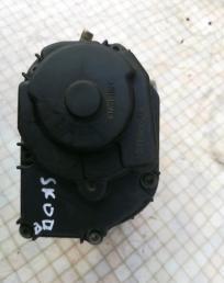 Заслонка дроссельная электр. VW Golf IV Skoda 06A133064M