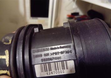 Расходомер воздуха Peugeot 406 Citroen 962471080