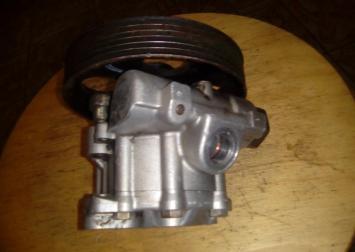 Насос гидроусилителя 1.9 D Peugeot 406 1995-1999