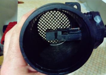 Расходомер воздуха VW Golf IV T IV Passat B5 0280217529