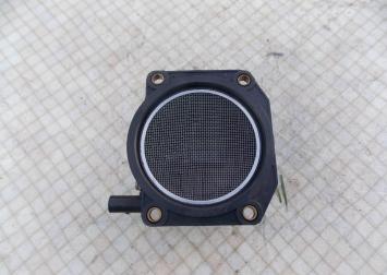 Расходомер воздуха Shcoda Octavia 1.8T Audi A4