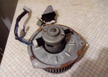 Моторчик отопителя Mazda Xedos-6 HB111GA5R-B