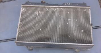 Радиатор охлаждения Honda CRV 2000
