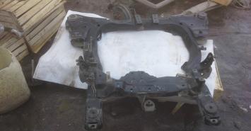 Подрамник Honda Accord 7