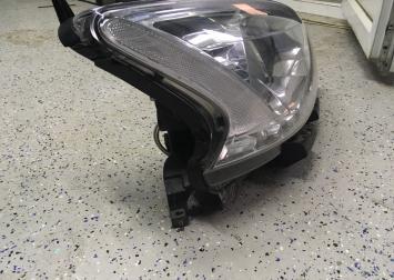Фара правая Nissan Sentra B17