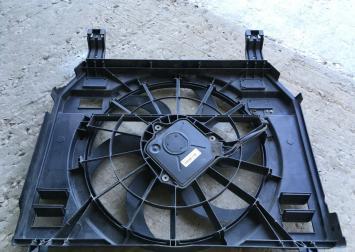 Диффузор вентилятора Land Rover Range Rover