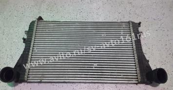 Радиатор интеркулер Фольцваген Тигуан