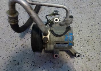 Тойота ярис 2 компрессор кондиционера 1.0 L