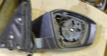 Зеркало правое Skoda Octavia A7 5E1857508N