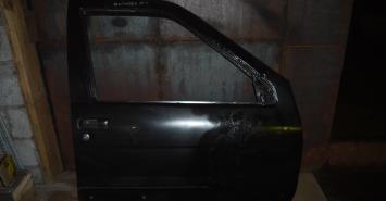 Дверь Крыша Nissan Terrano Pathfinder H01000W0CM